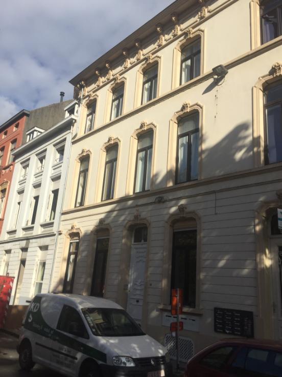 Appartement de 2façades à louerà Gand auprix de 850€ - (6647716)