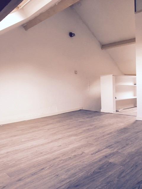 Appartement de 3façades à louerà Mont-St-Guibert auprix de 620€ - (6649604)