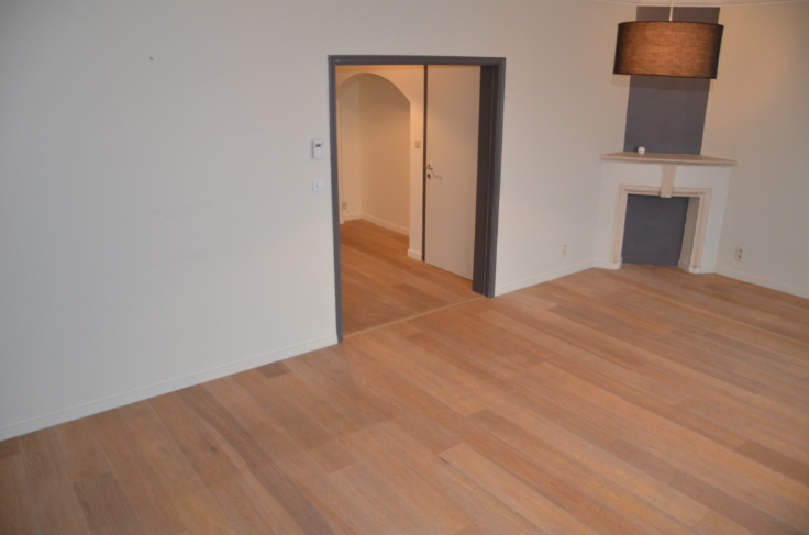 Duplex te huurte Anderlecht voor950 € -(6649637)