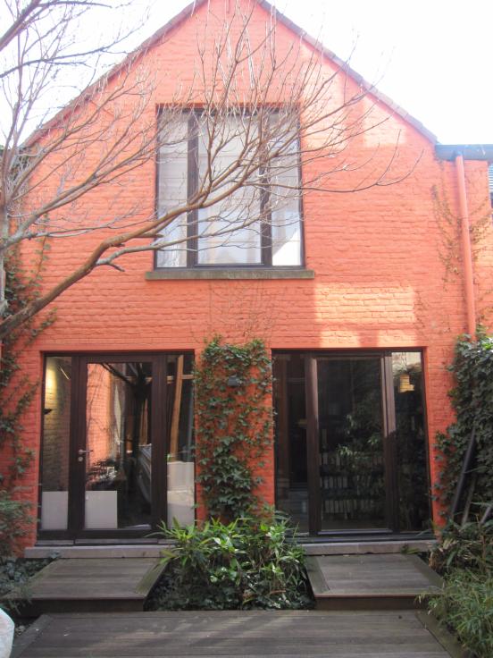 Immeuble mixte van2 gevels tehuur te Etterbeekvoor 16.800 €- (6650010)