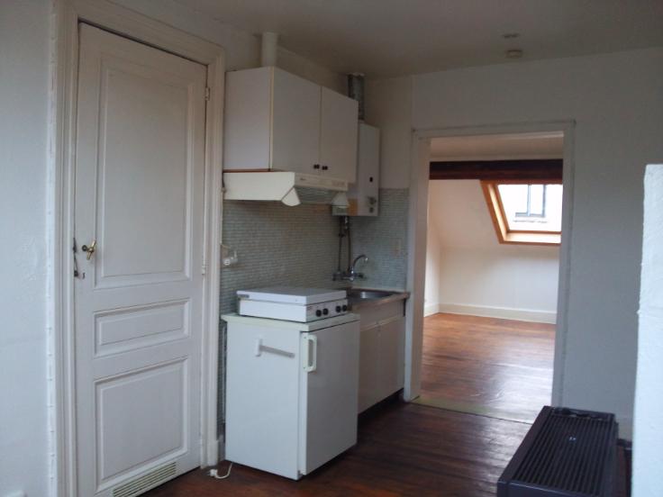 Appartement de 2façades à louerà Bruxelles villeau prix de600 € -(6650120)