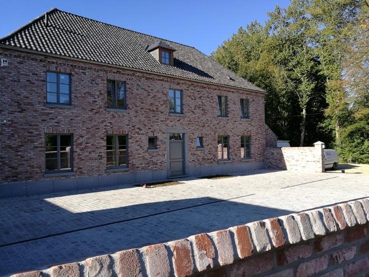 Appartement de 4façades à louerà Lasne auprix de 1.250€ - (6650156)