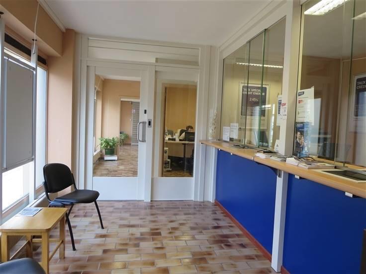 Commerce te koopte Waremme voor111.000 € -(6650200)