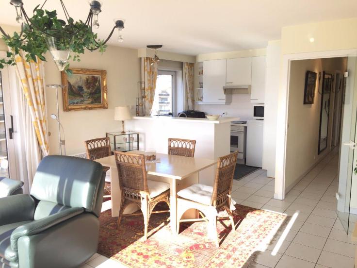 Belgique : locationde vacances -Appartement au prixde 0€ -(6652415)