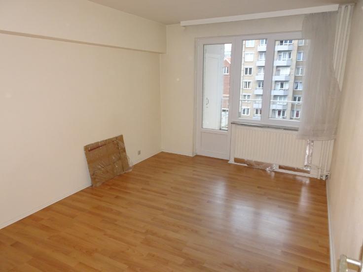Appartement de 2façades à louerà Bruxelles villeau prix de800 € -(6653692)