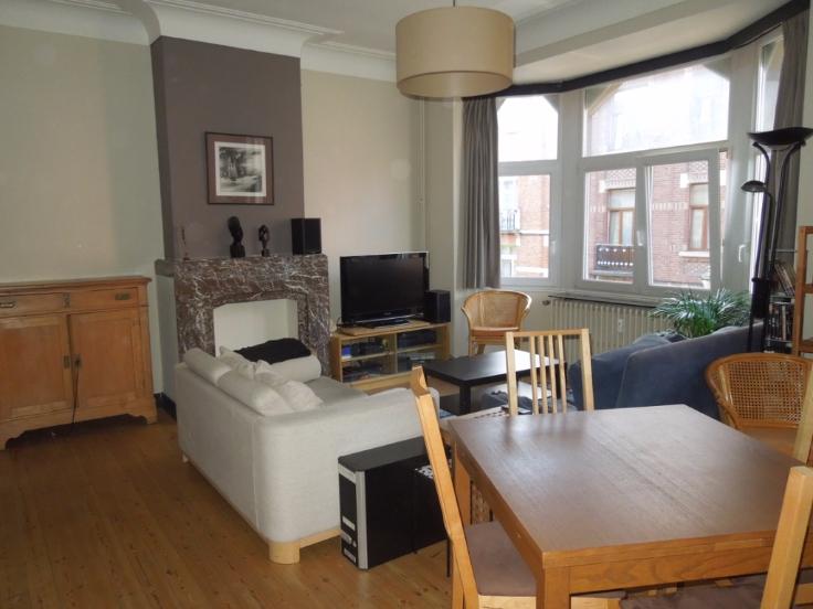 Appartement de 2façades à louerà Etterbeek auprix de 710€ - (6662910)