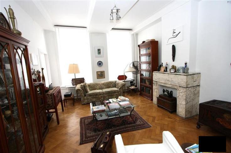 Appartement de 2façades à louerà Anvers auprix de 775€ - (6663793)