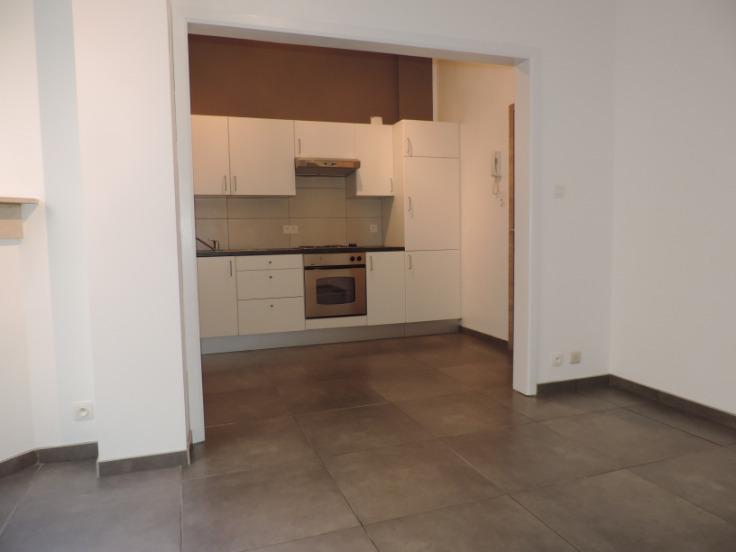 Rez-de-chaussée de 1façade à louerà Liège auprix de 520€ - (6663990)