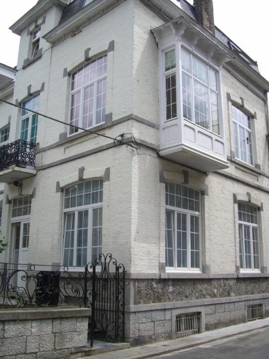 Appartement de 3façades à louerà Dinant auprix de 650€ - (6665053)