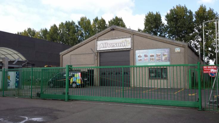 Immeuble industriel de4 façades àlouer à Liedekerkeau prix de36.000 € -(6672850)