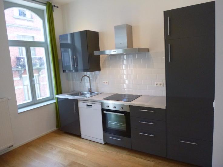 Appartement de 2façades à louerà Etterbeek auprix de 780€ - (6675838)