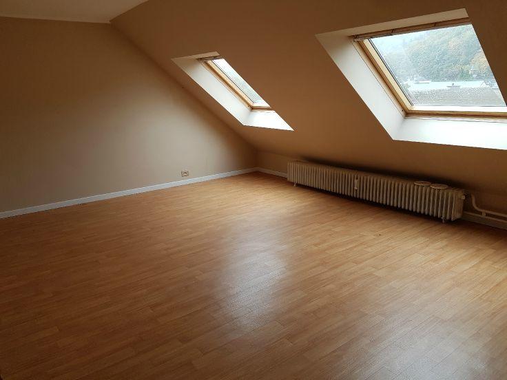 Appartement de 4façades à louerà La Roche-en-Ardenneau prix de500 € -(6677912)