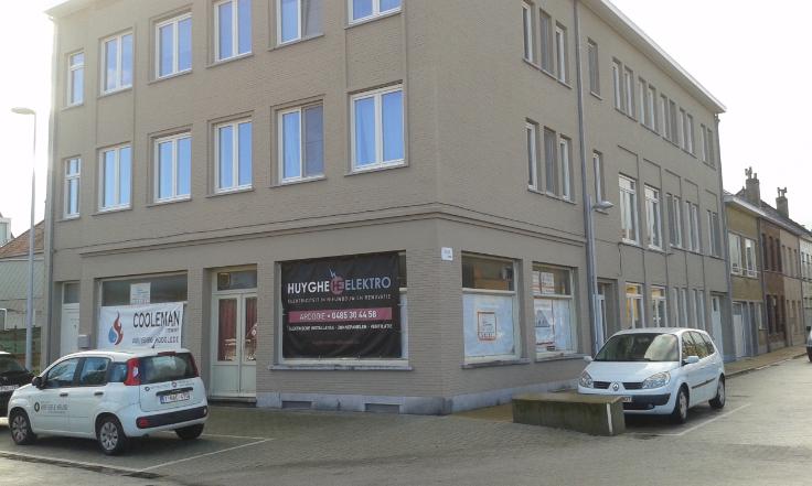 Commerce van 2gevels te huurte Bredene voor10.680 € -(6685702)