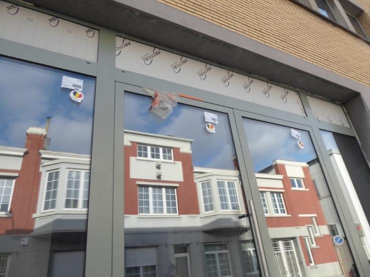 Bureaux de 2façades à louerà Liège auprix de 18.366€ - (6698765)
