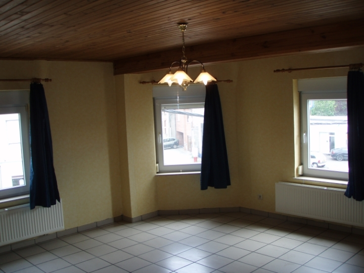Appartement de 3façades à louerà Athus auprix de 570€ - (6700828)