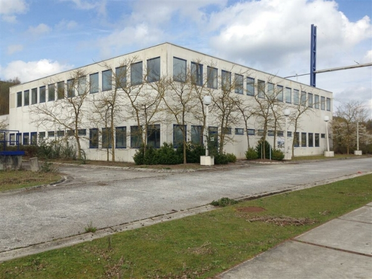 Immeuble industriel àlouer à Harmigniesau prix de53.000 € -(6701837)