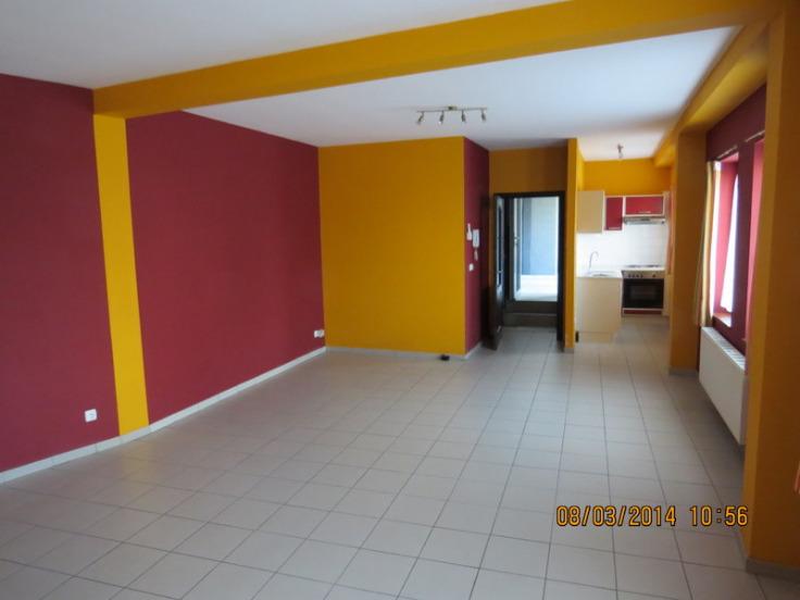 Appartement de 2façades à louerà Leval-Trahegnies auprix de 550€ - (6702424)