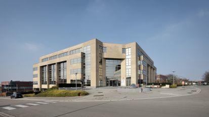 Bureaux à louerà SINT-STEVENS-WOLUWE auprix de 49.770€ - (6702441)