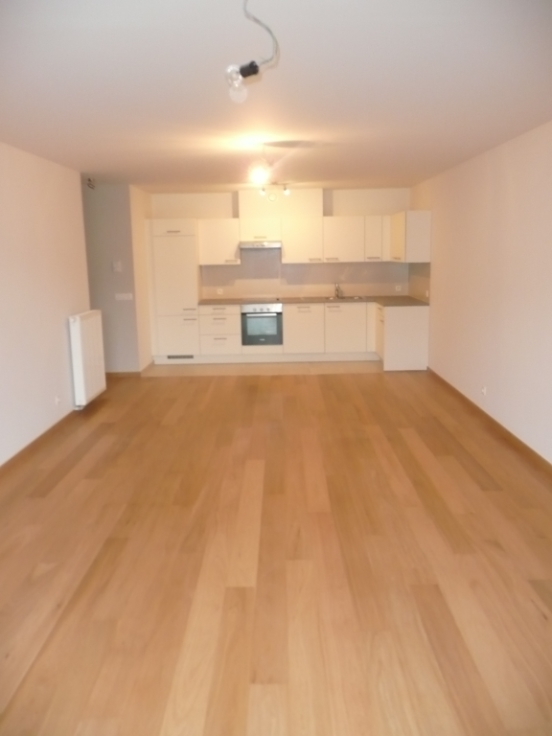 Appartement de 2façades à louerà Enghien auprix de 795€ - (6704673)