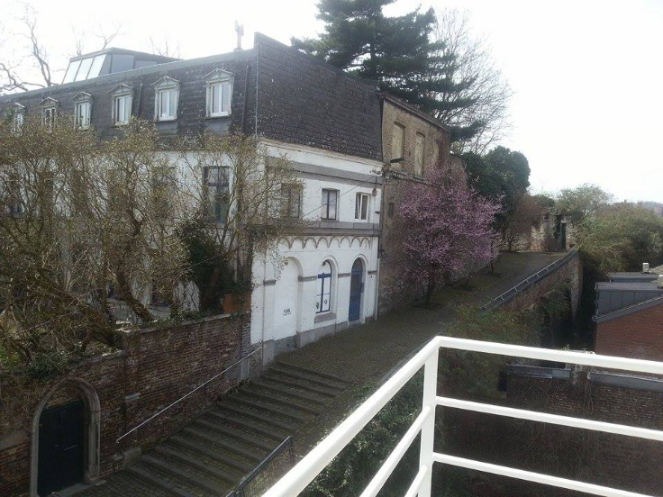 Appartement de 2façades à louerà Liège auprix de 550€ - (6710861)