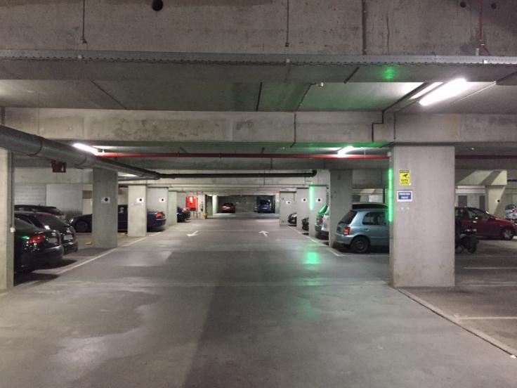 Emplacement intérieur àlouer à Etterbeekau prix de90 € -(6718587)