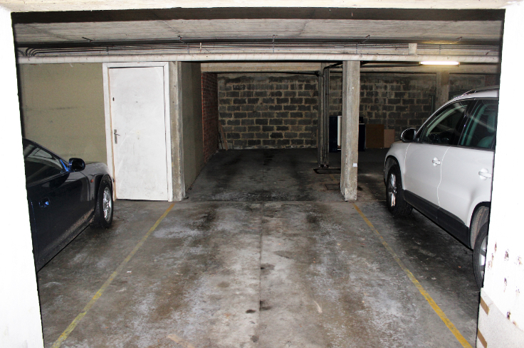Emplacement intérieur àlouer à Uccleau prix de105 € -(6720382)