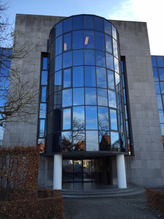 Immeuble de bureauxde 4 façadesà louer àZwijnaarde au prixde 287.370 €- (6723610)
