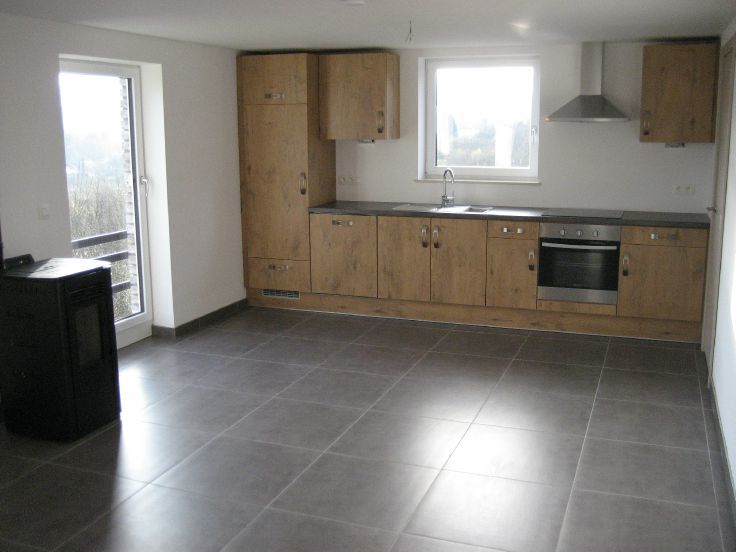 Appartement de 4façades à louerà Petit-Thier auprix de 550€ - (6727505)