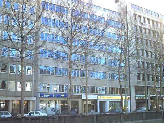 Immeuble de bureauxte huur teEtterbeek voor 19.440€ - (6733113)