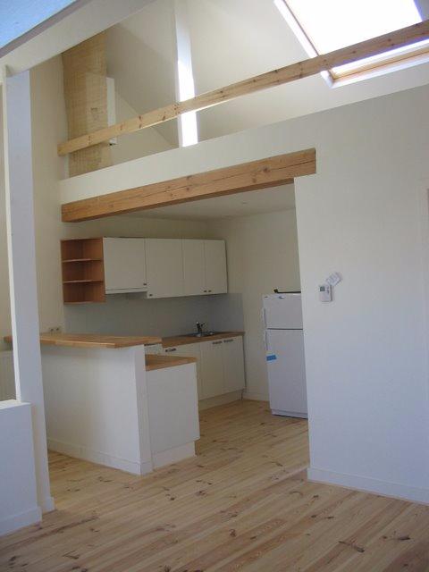 Appartement de 2façades à louerà St-Gilles auprix de 790€ - (6735728)