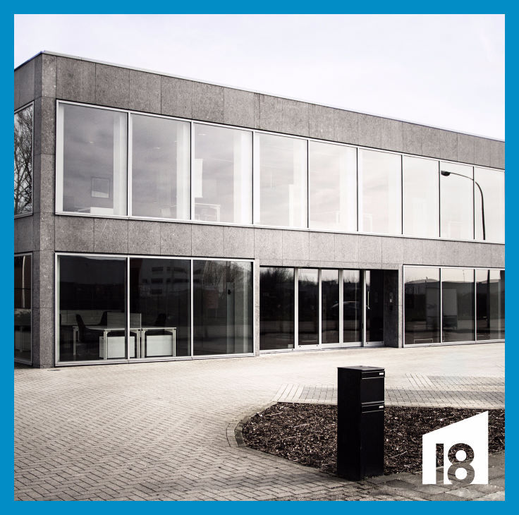 Industrieel gebouw de4 façades àlouer à Wilrijkau prix de3.000 € -(6781358)