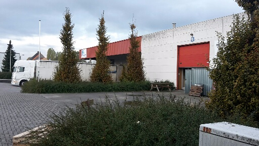Industrieel gebouw tehuur te Wevelgemvoor 37.260 €- (6830460)
