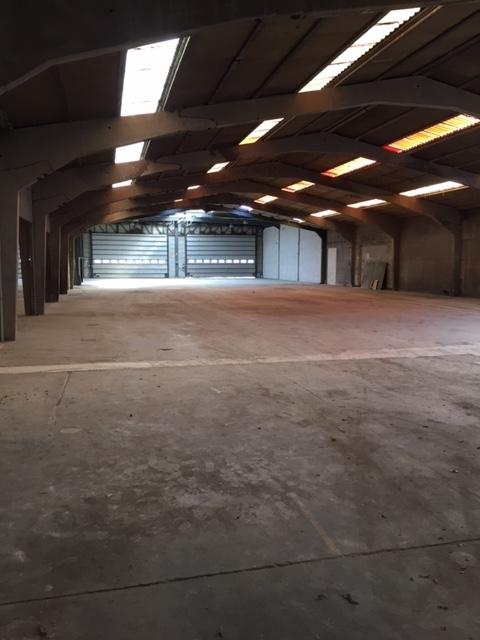 Industrieel gebouw àlouer à Aalterau prix de30.000 € -(7077996)